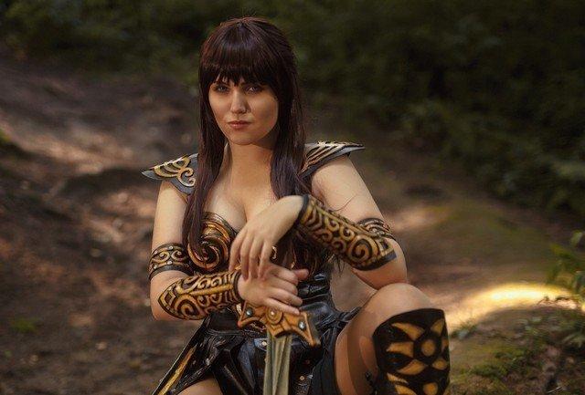 Классный косплей на Зену - королеву воинов (17 фото)