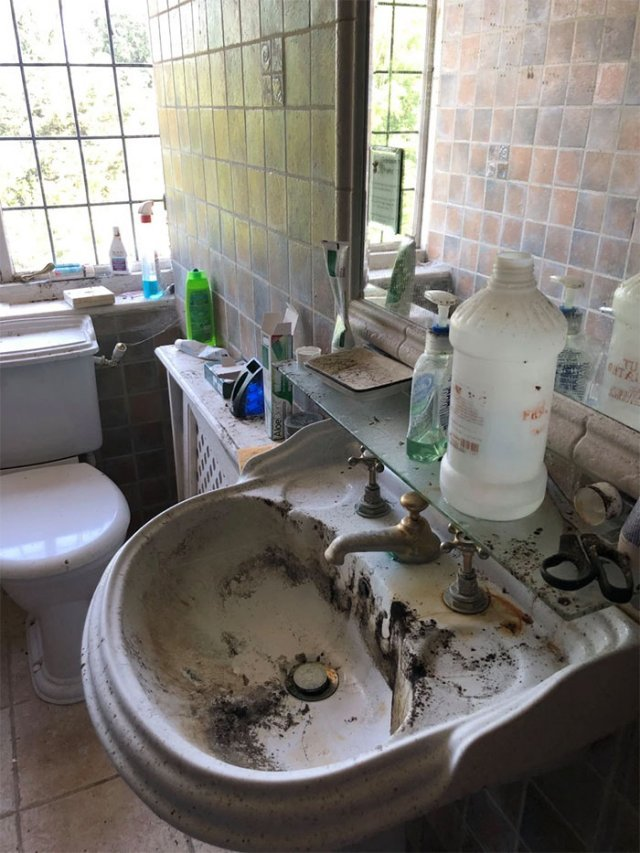 Заброшенный дом в Англии