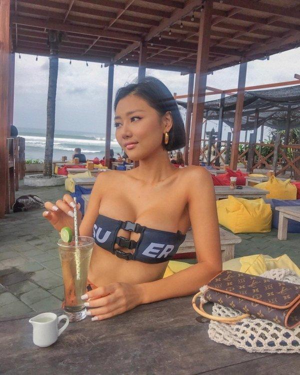 Симпатичные азиатки (35 фото)