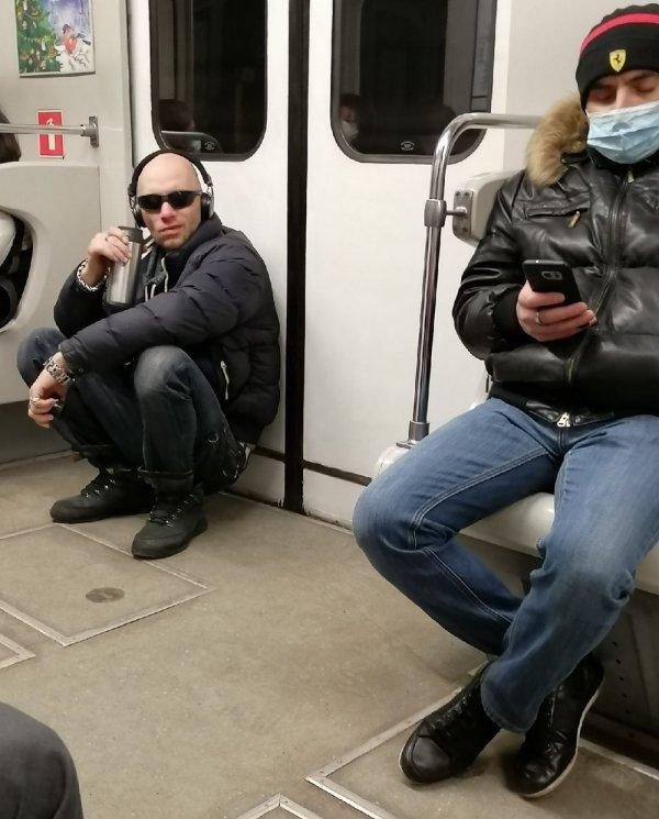Стиляги в метро (19/01/2021)