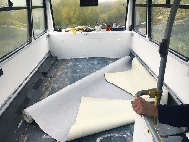 Жилой дом из двухэтажного автобуса
