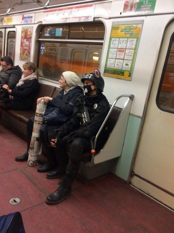 Стиляги в метро (30/03/2021)