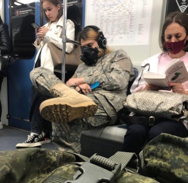 Стиляги в метро (21/07/2021)