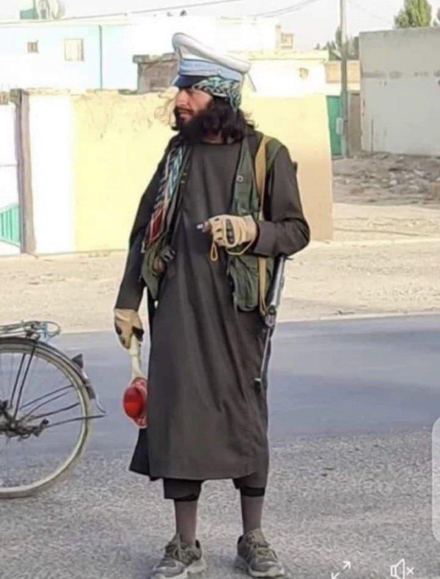 Шутки про стиль новых властей Афганистана