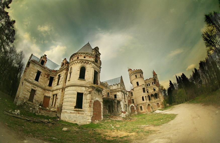 того, что смотреть фото заброшенных замков россии делятся