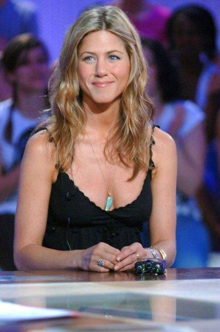 Jennifer Aniston (4 фото)