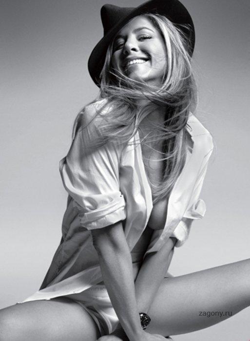 Jennifer Aniston (7 фото)