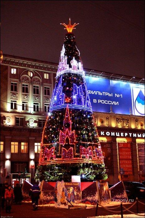 Новогодние елки Москвы (30 фото)