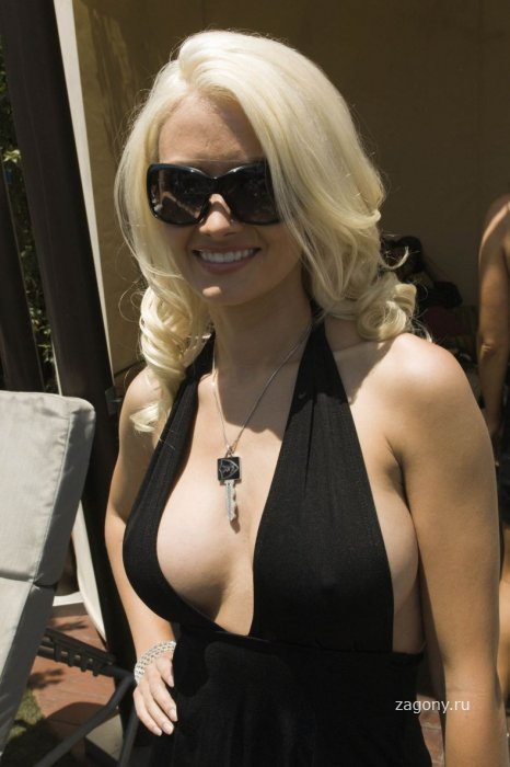 Holly Madison (4 фото)