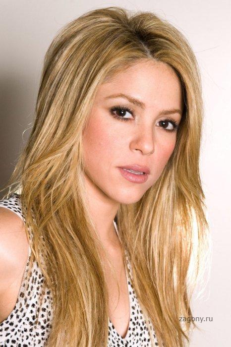 Shakira (10 фото)