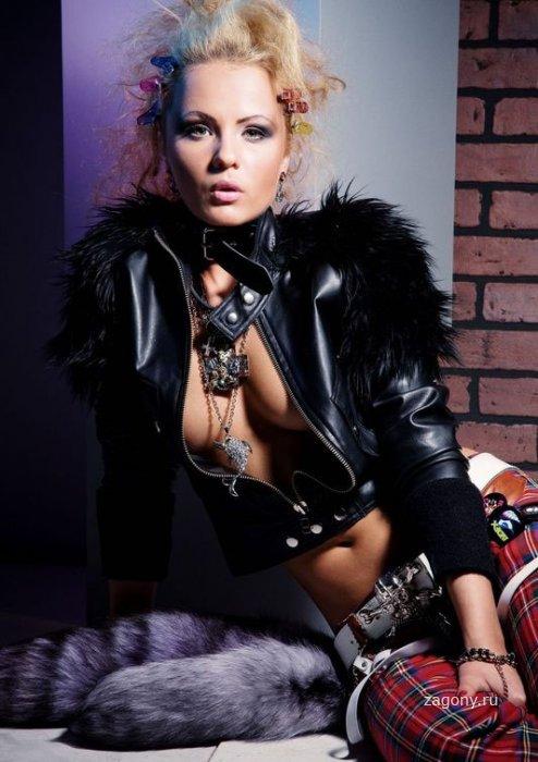 Александра Харитонова (5 фото)