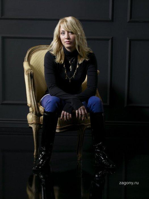 Кейли Куоко (16 фото)