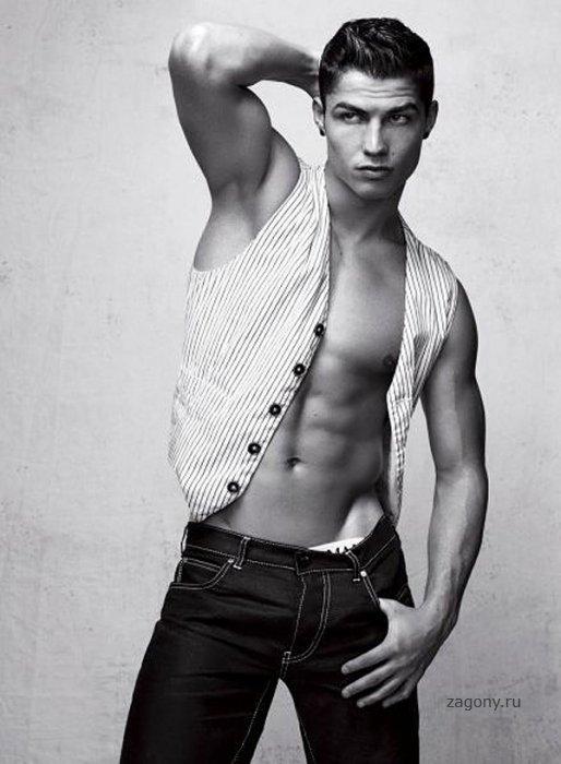Cristiano Ronaldo (6 фото)