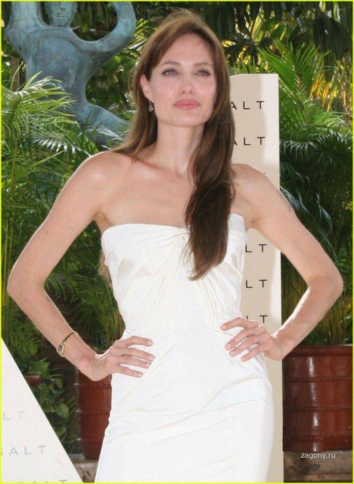 Анджелина Джоли (12 фото)
