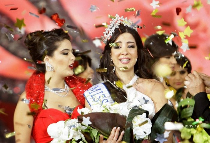 Rahaf Abdallah (5 фото)