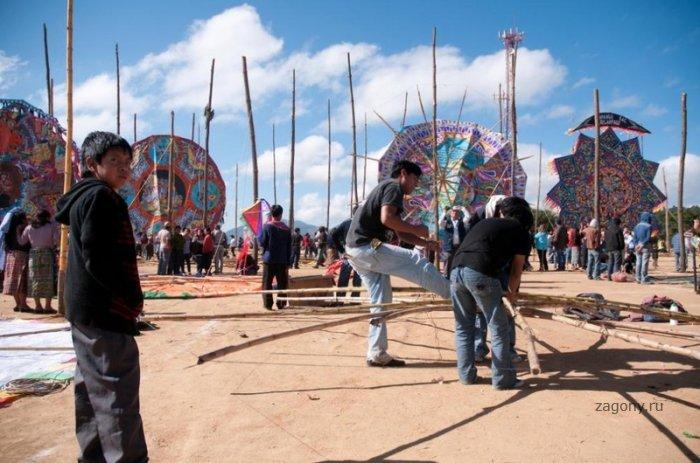 Фестиваль воздушных змеев (10 фото)