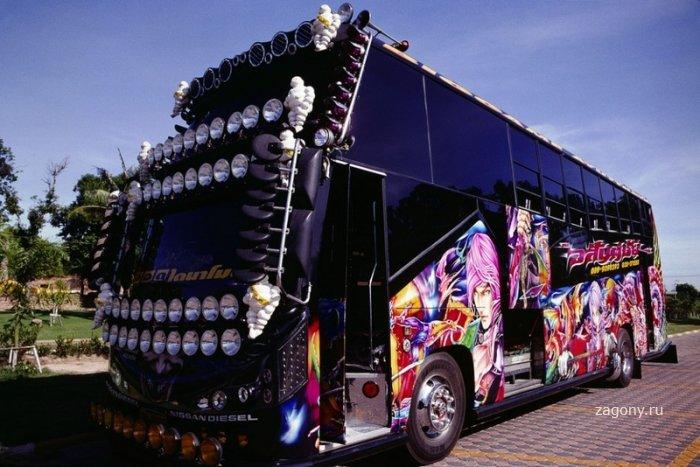 Тюнинг по-японски грузовики Декотора (18 фото)