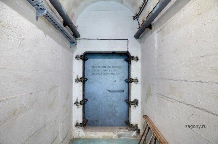 Бункер Тито (23 фото)