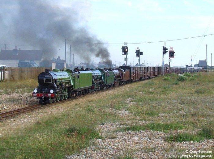 Самая маленькая железная дорога (24 фото)