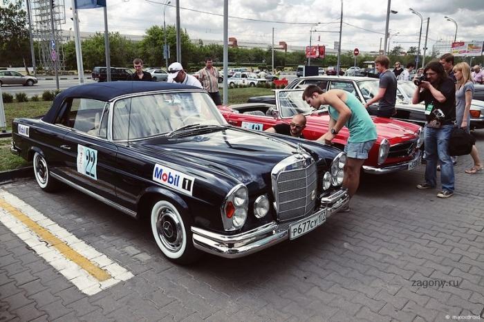 Mercedes-Benz Classic Day в Москве (30 фото)