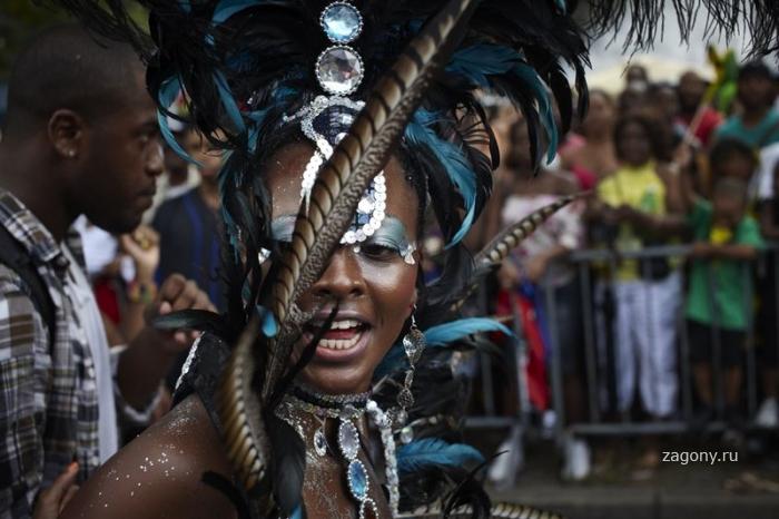 Парад невест-индийской культуры (14 фото)