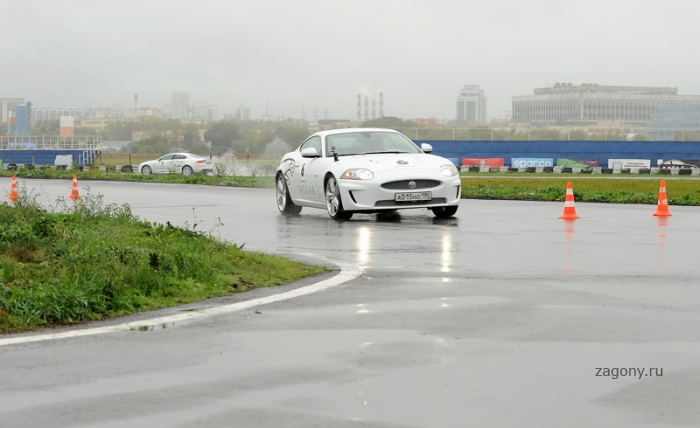 Гонки Бойцовского Клуба Jaguar (33 фото)