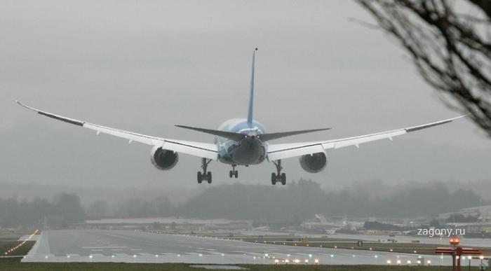 Новое поколение пассажирских самолетов (10 фото)