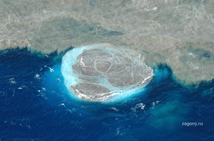 Подводный вулкан на Канарских островах (11 фото)