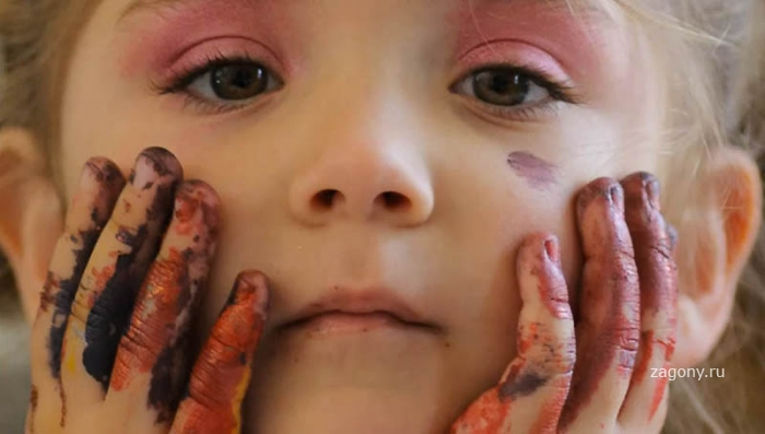 Самая юная художница в мире (17 фото)