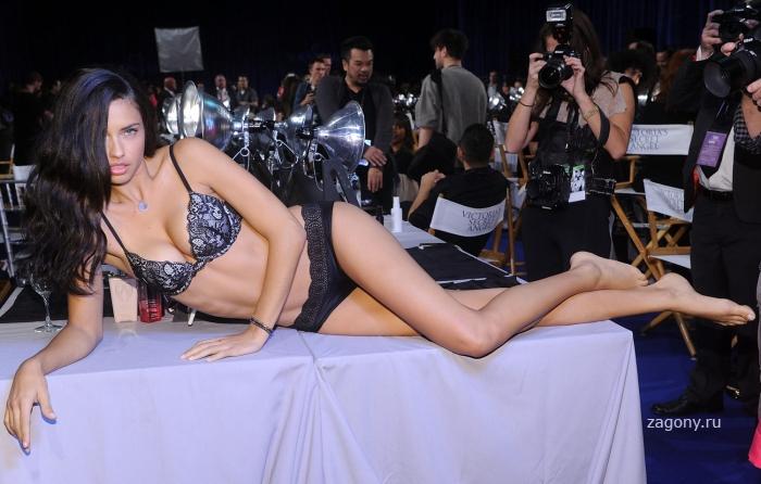 Adriana Lima (20 фото)