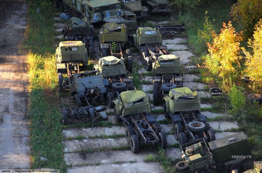 подпитывая фото старой военной техники продажи внедорожника стартуют