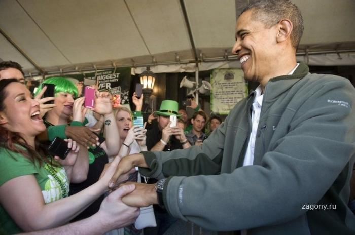 Президент Обама в пабе в День Святого Патрика (6 фото)
