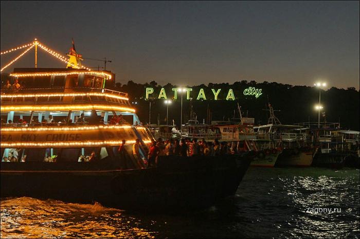 Ночная жизнь Паттайи (35 фото)