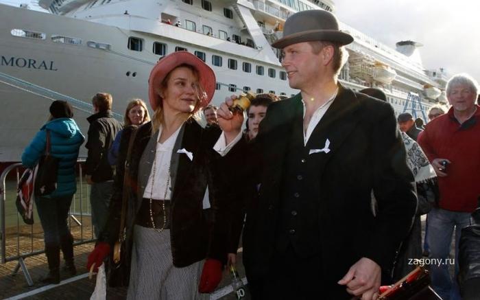 Круиз в память о Титанике (16 фото)