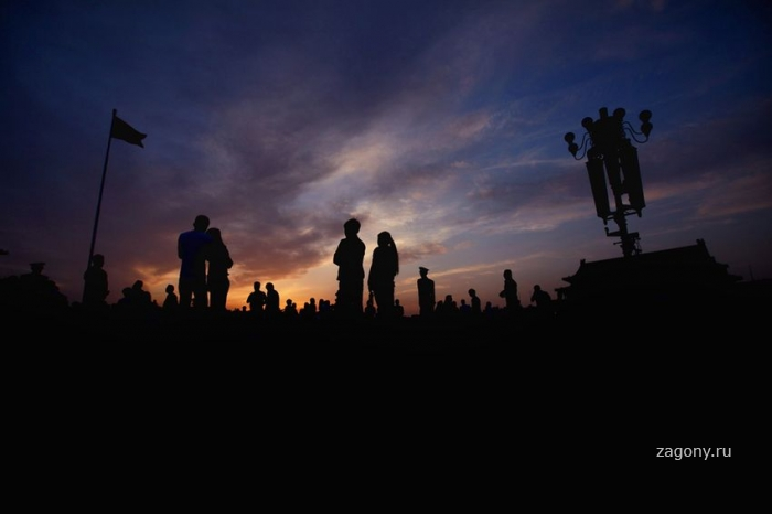 Повседневная жизнь в разных странах мира май 2012 (26 фото)