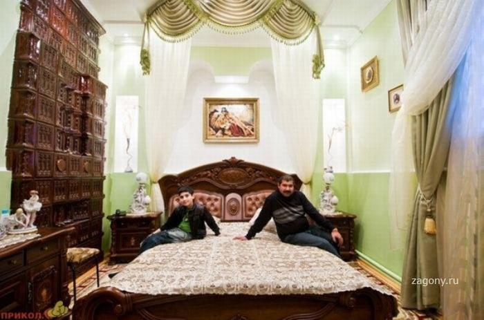 Как живут цыганские бароны (35 фото)