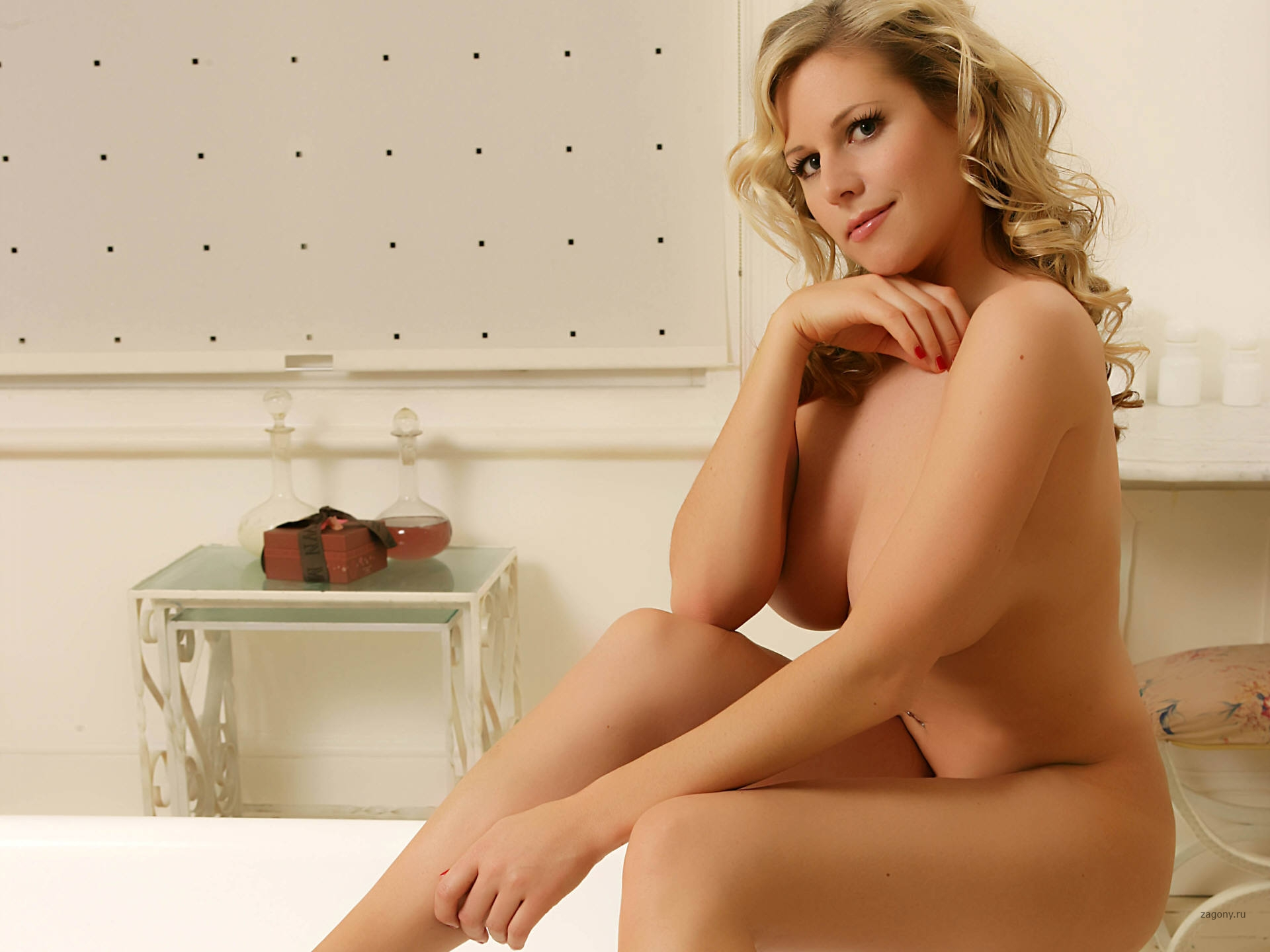 Pictures of abi titmuss having sex #1