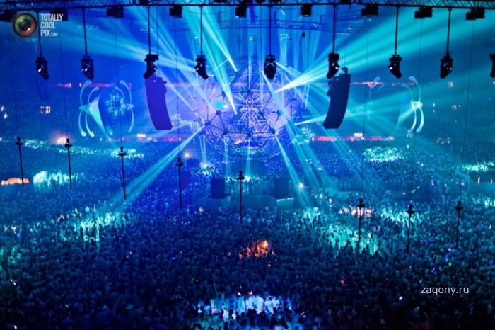 Фестиваль электронной музыки Sensation White в Амстердаме (23 фото)