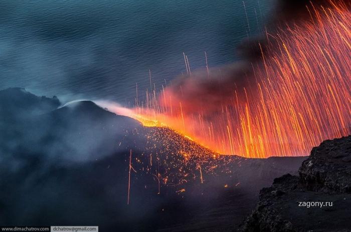 Извержения вулкана Стромболи (14 фото)