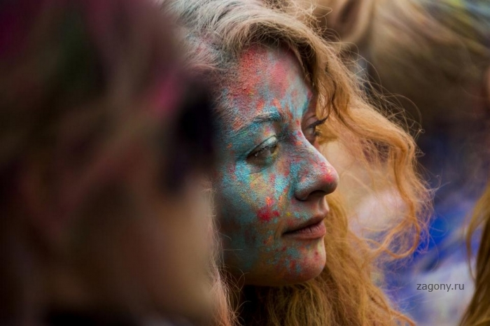 Индийский праздник Холи по-берлински (13 фото)