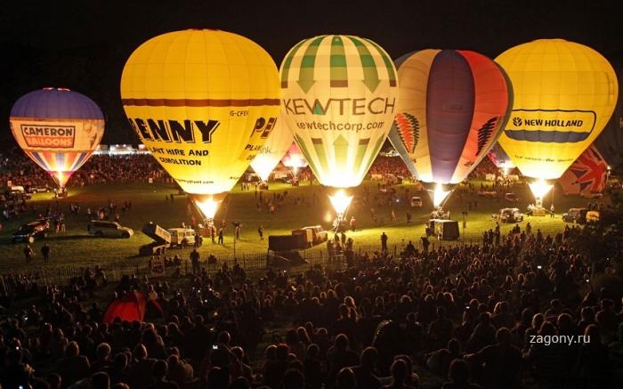 Международный фестиваль воздушных шаров в Бристоле (12 фото)