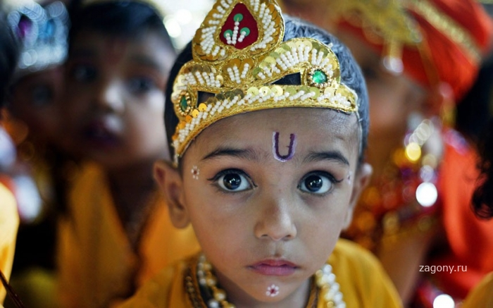 Фестиваль Янмаштами в Индии (15 фото)