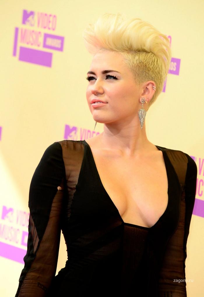 Miley Cyrus (20 фото)