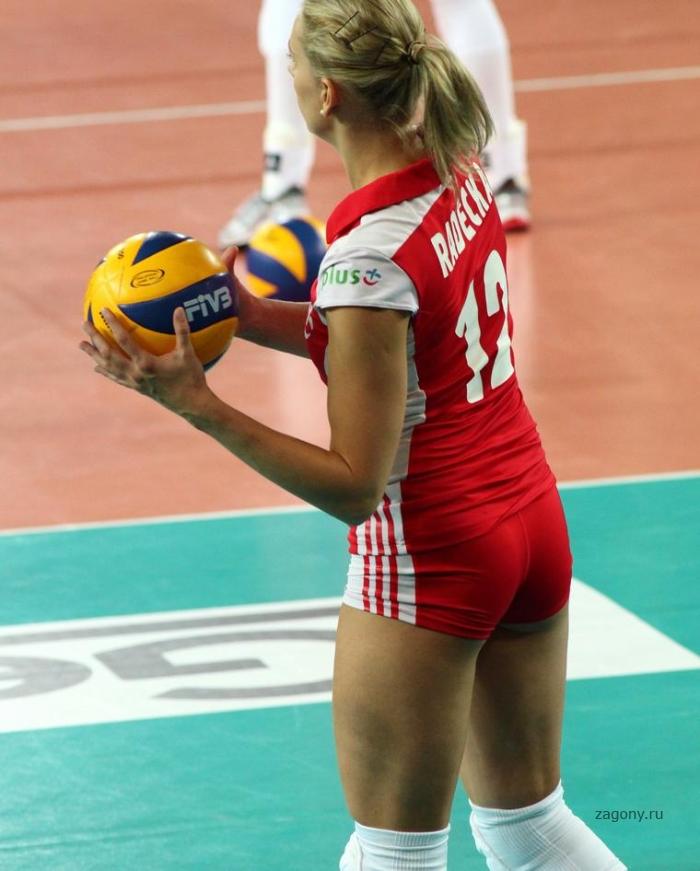 Милена Радечка (16 фото)