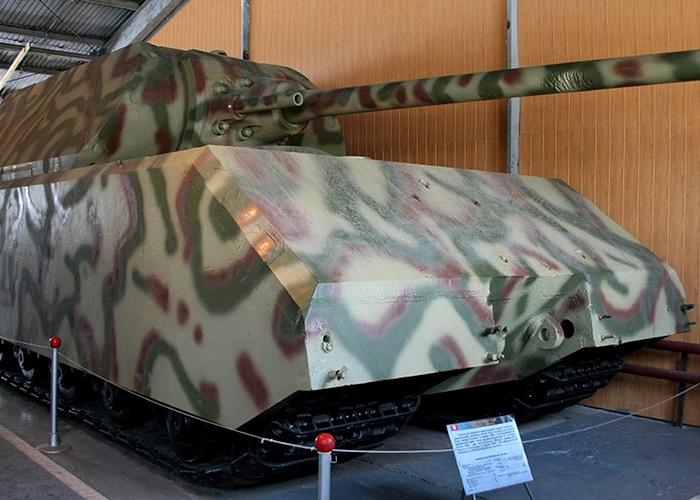 Самый большой танк второй мировой войны
