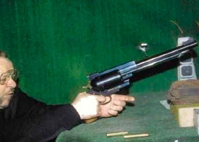 Самый большой пистолет в мире
