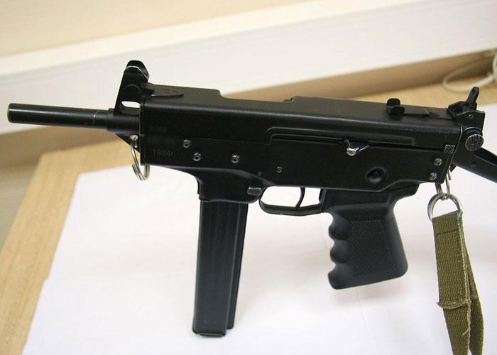 Автомат-пулемет «Узи»